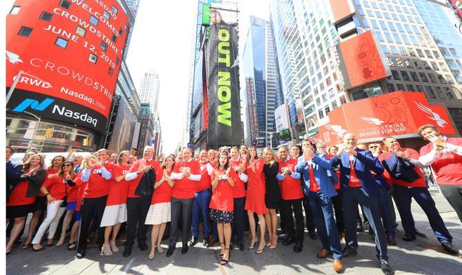 Crowdstrike staff celebrating the IPO