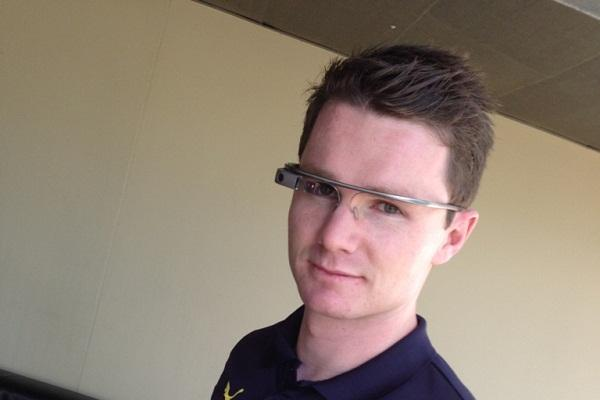 Adelaide Crows AFL player Patrick Dangerfield demonstrates Google Glass.